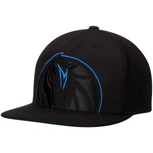 Dallas Mavericks Mitchell & Ness Cropped XL Adjustable Snapback Hat