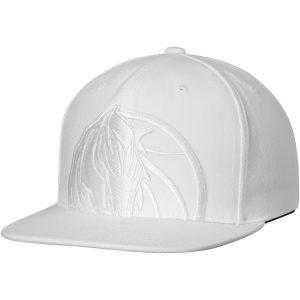 Dallas Mavericks Mitchell & Ness Cropped XL Logo Snapback Adjustable Hat